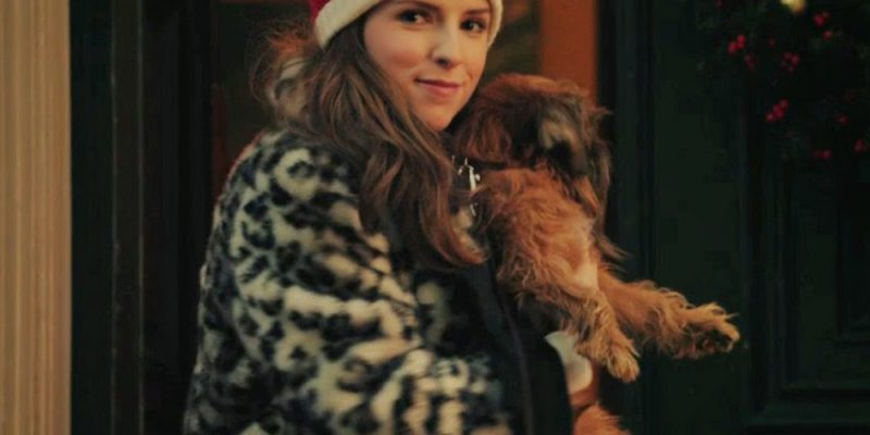 Anna Kendrick, the new Santa Claus?