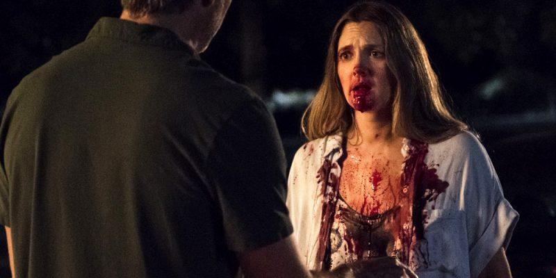 Drew Barrymore Hungers for Flesh in New 'Santa Clarita Diet' Trailer