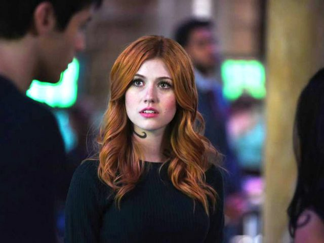 Shadowhunters Recap: 2.02 'A Door Into The Dark'