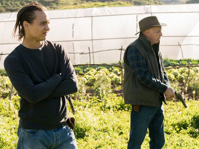 Fear The Walking Dead Recap: 3.06 'Red Dirt'