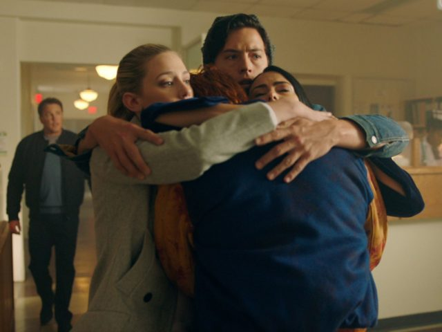 'Riverdale': New Teaser Promises Darker Season 2