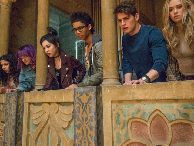 'Marvel's Runaways' Debuts First Teaser
