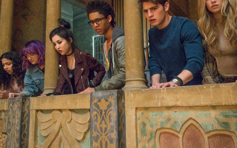 'Marvel's Runaways' Debuts First Teaser